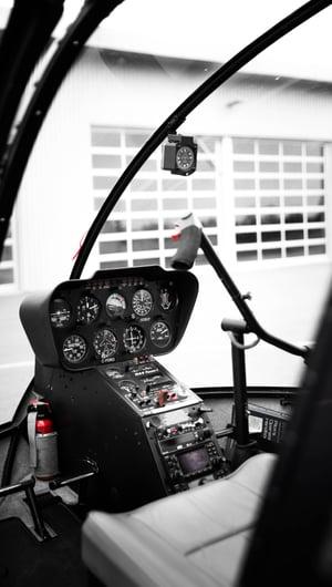 Robinson cockpit